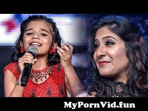 View Full Screen: shweta mohan adoring sreya jayadeep39s beautiful singing at siima.jpg
