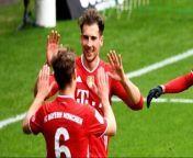 Für Leon Goretzka ist es eine Premiere: Zum ersten Mal ist der Bayern-Profi Anführer der Rangliste Mittelfeld defensiv. Dabei setzte er sich in der internationalen Klasse gegen Joshua Kimmich durch, der etwas fehleranfälliger war. kicker-Reporter Thomas Hiete erklärt die Hintergründe.